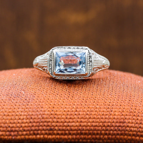 1920s 18k Aquamarine Ring
