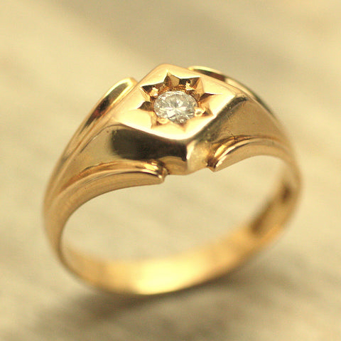 Circa 1940 14K Diamond Ring