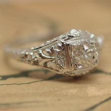 1920's White Gold and Diamond Filigree Ring