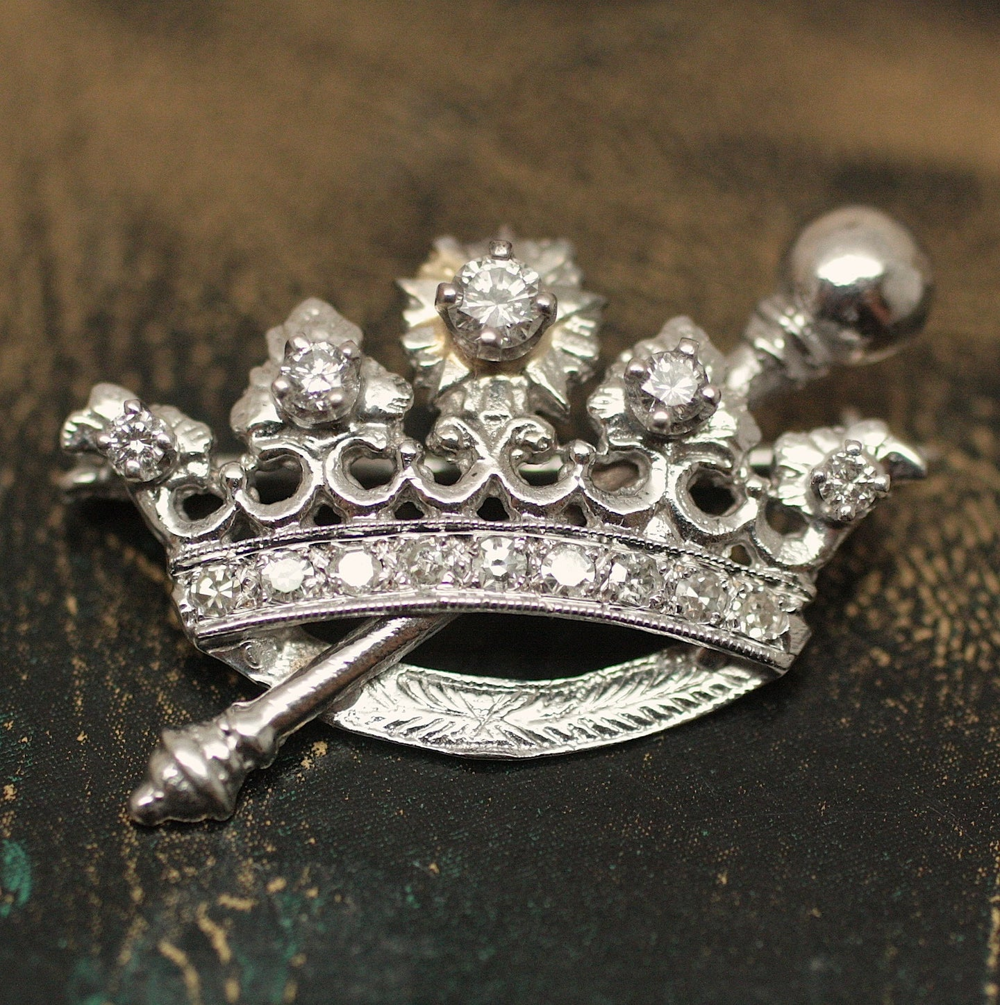 Circa 1930-1940 14K Diamond Crown Pin/Pendant