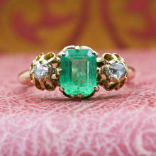 c1860 18k Fine Emerald and Rose Cut Diamond Ring