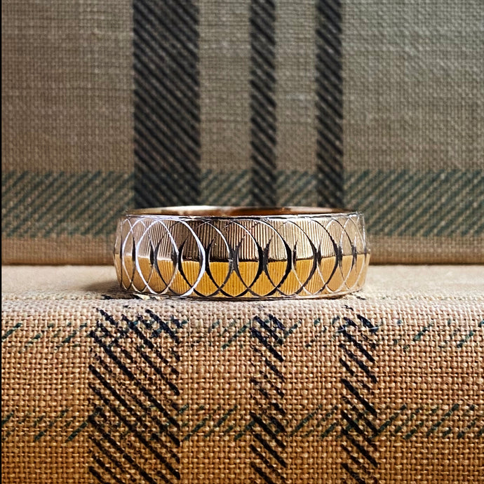 Two-toned Coil Patterned Band c1960