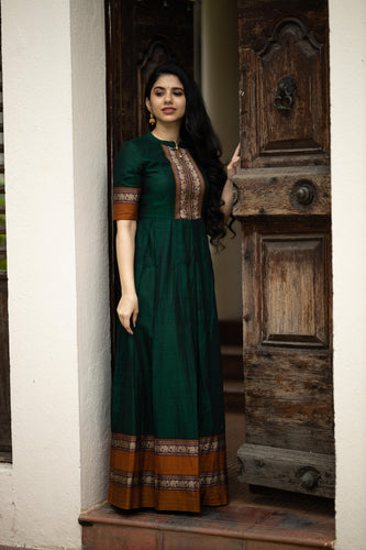 Aashi sungudi dress