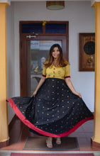 Load image into Gallery viewer, Caruvi Black and Yellow Dress