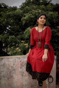 Kaaviya Red