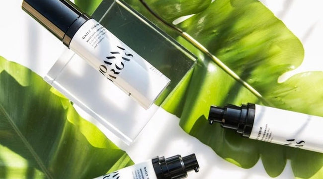 How Chlorophyll For Skin Keeps Your Complexion Clear & Glowing [The Zoe Report]