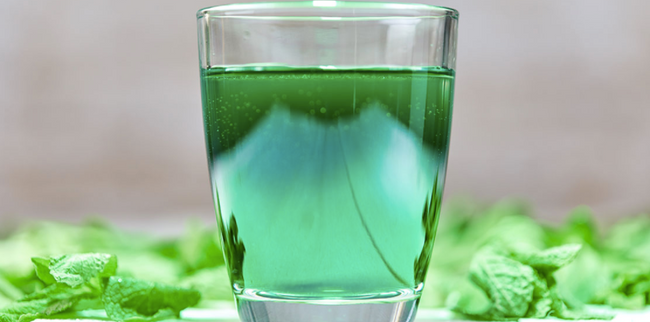 Is Chlorophyll Water The Latest Bullsh*t Wellness Craze? [Betches]