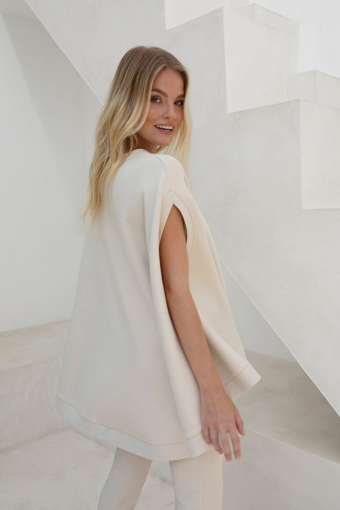 Gravity Cape Poncho | Soft Sand