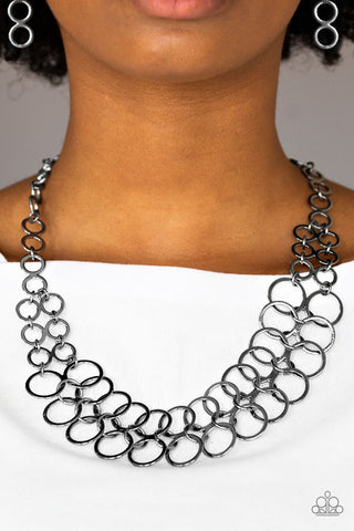 Paparazzi Accessories - Metro Maven Necklace with Earrings