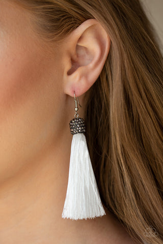 Make Room for Plume Paparazzi Accessories Earrings