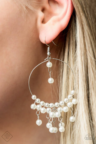 Now on Broadway Paparazzi Accessories Pearl Earrings