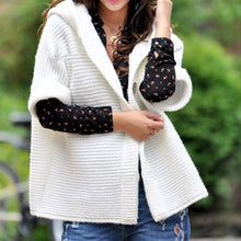 Load image into Gallery viewer, Buttons 1/2 Sleeve Sweater