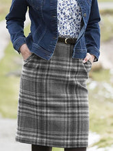 Load image into Gallery viewer, Checkered/plaid Vintage Cotton-Blend Skirts