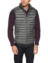 Load image into Gallery viewer, Men's Lightweight Water-Resistant Packable Puffer Vest (4365972504716)