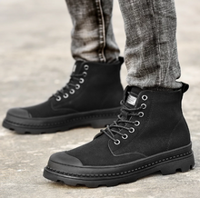 Load image into Gallery viewer, Men Warm Winter Ankle Boots (4369591926924)