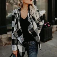 Load image into Gallery viewer, Fashion Stylish Lapel Ladies Plaid Coat (4370038456460)