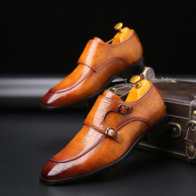 Load image into Gallery viewer, Pointed Toe Men Shoes Classic Crocodile (4369982816396)