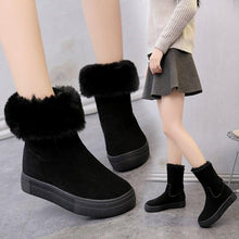 Load image into Gallery viewer, Plus Size Warm Suede Fur Boots Platform Flat Heels (4369962991756)