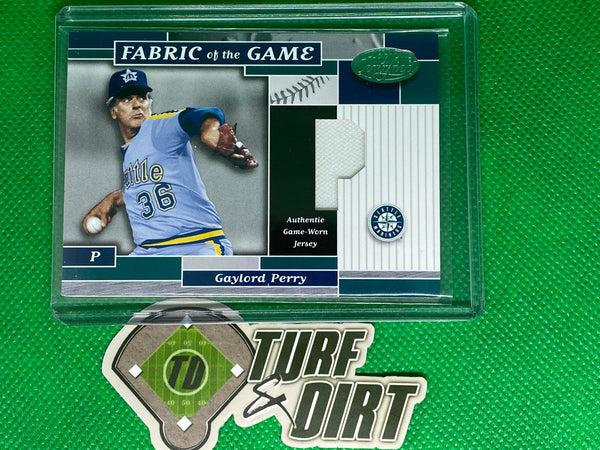 2002 Leaf Certified Fabric of the Game #66PS Gaylord Perry 32/50