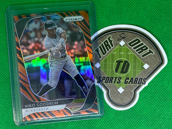 2020 Panini Prizm Prizms Tiger Stripes #22 Niko Goodrum SP