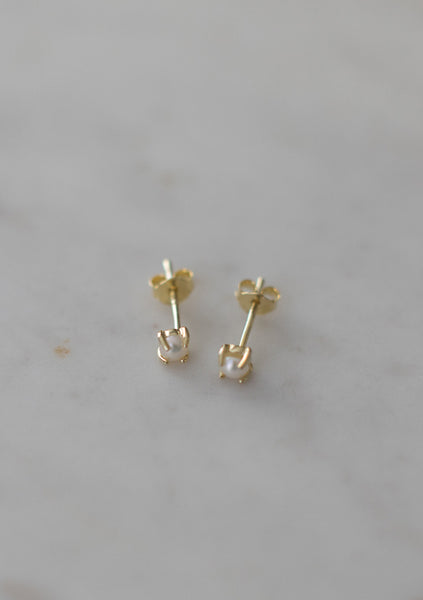 Sophie | Mini Pearl Studs - Gold