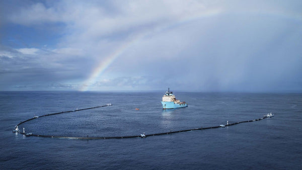 Dispositif de The Ocean CleanUp au large de San Francisco