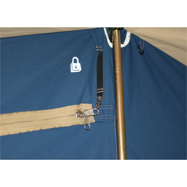 Lockable zips to keep children in, or intruders out!