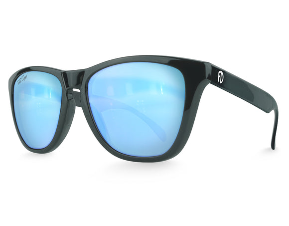 Arctic Ice Modern Wayfarer Sunglasses Black