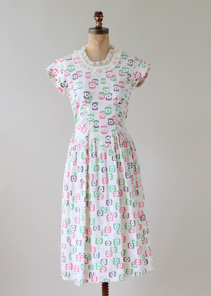 d711ff5b2f3 Vintage 1940s Abstract Pastel Print Pique Summer Dress