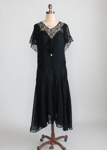 Vintage 1920s Black Crepe and Lace Dress
