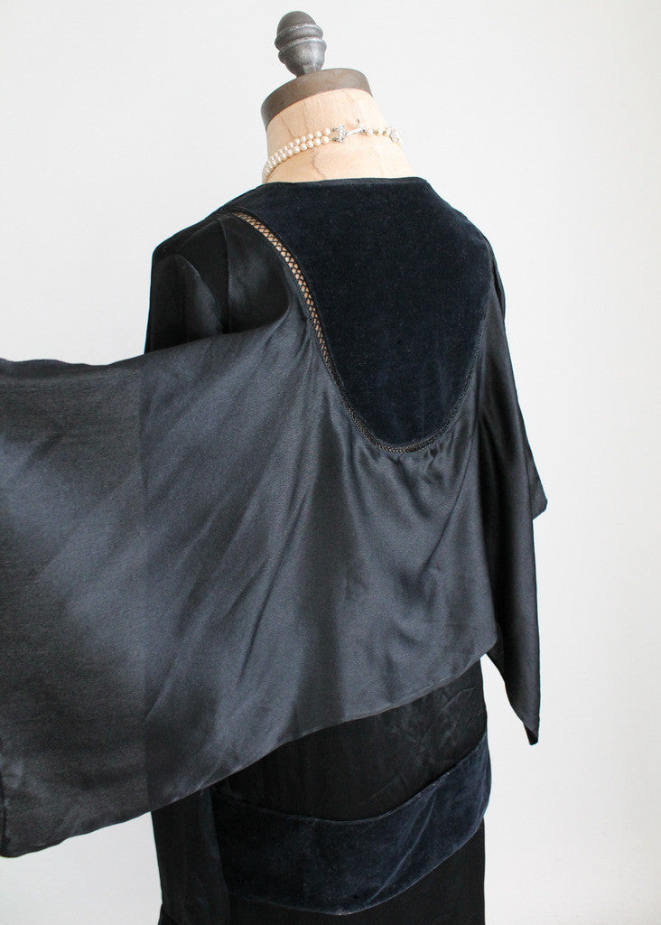 Vintage 1920s Black Silk and Velvet Cape Dress