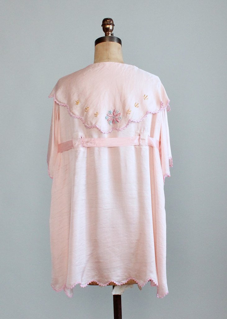 Vintage 1920s Embroidered Pink Silk Lounging Bed Jacket