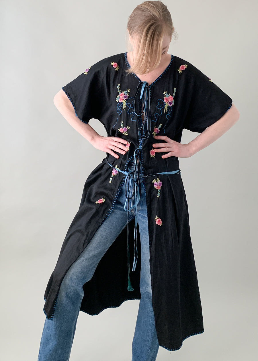 Vintage 1920s Embroidered Duster Robe