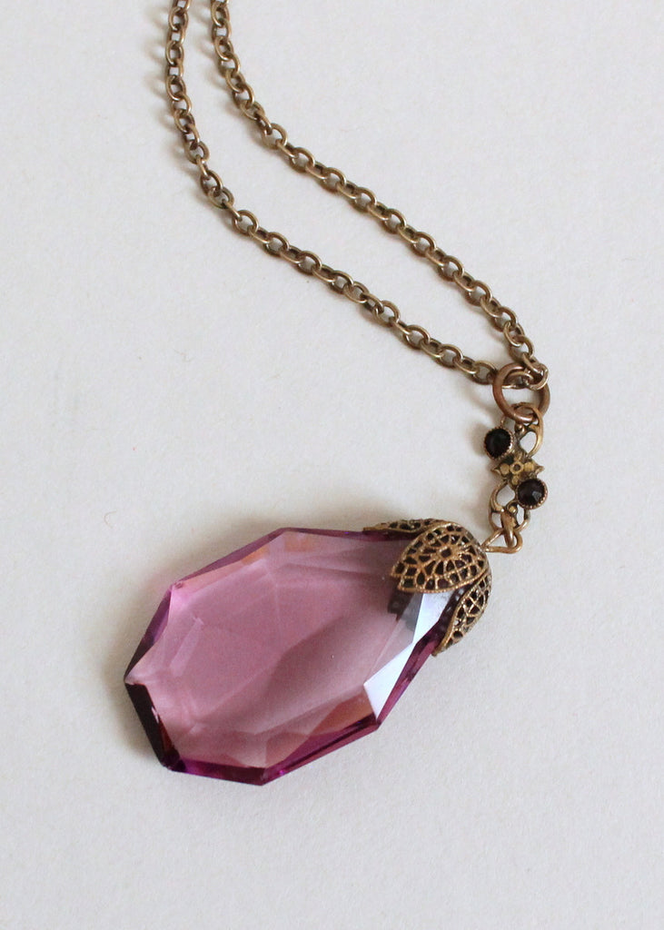 Vintage 1920s Purple Glass Pendant Necklace