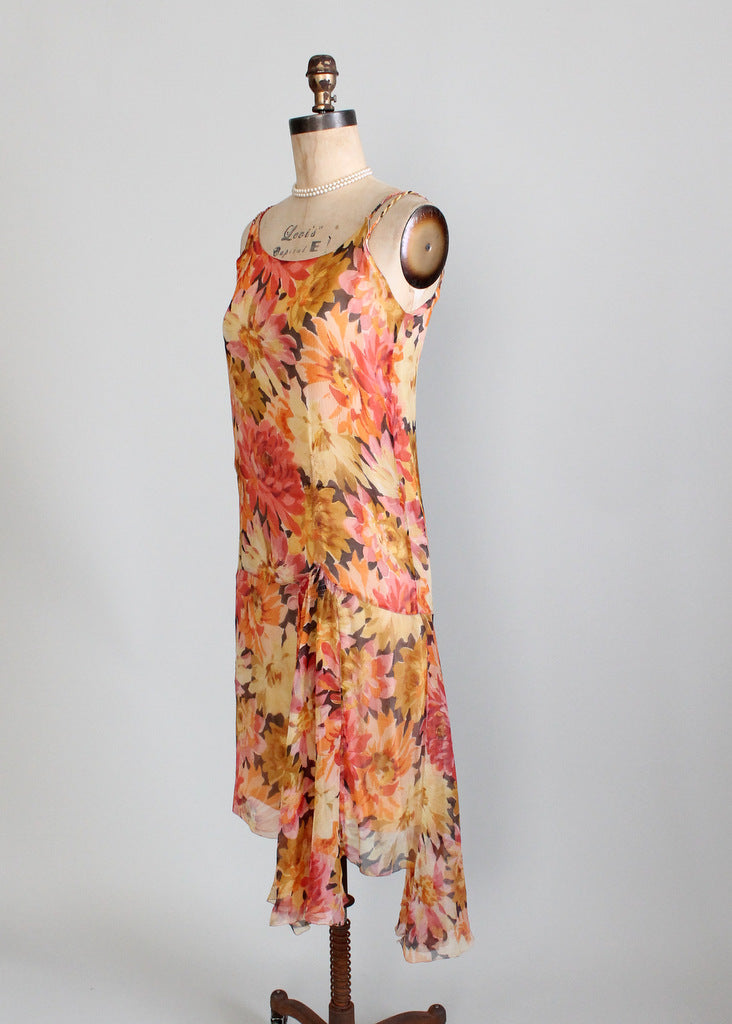 Vintage 1920s jazz age flapper dress