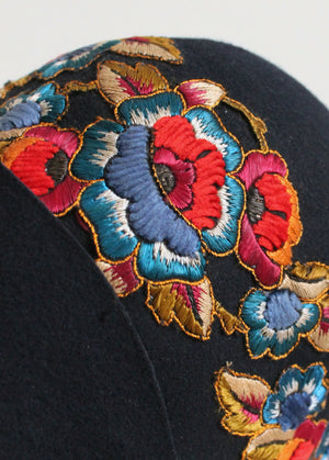Vintage 1920s Navy Cloche with Blue and Red Flowers