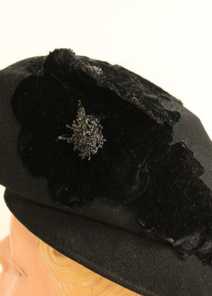 Vintage 1930s Art Deco Black Flower Beret Hat