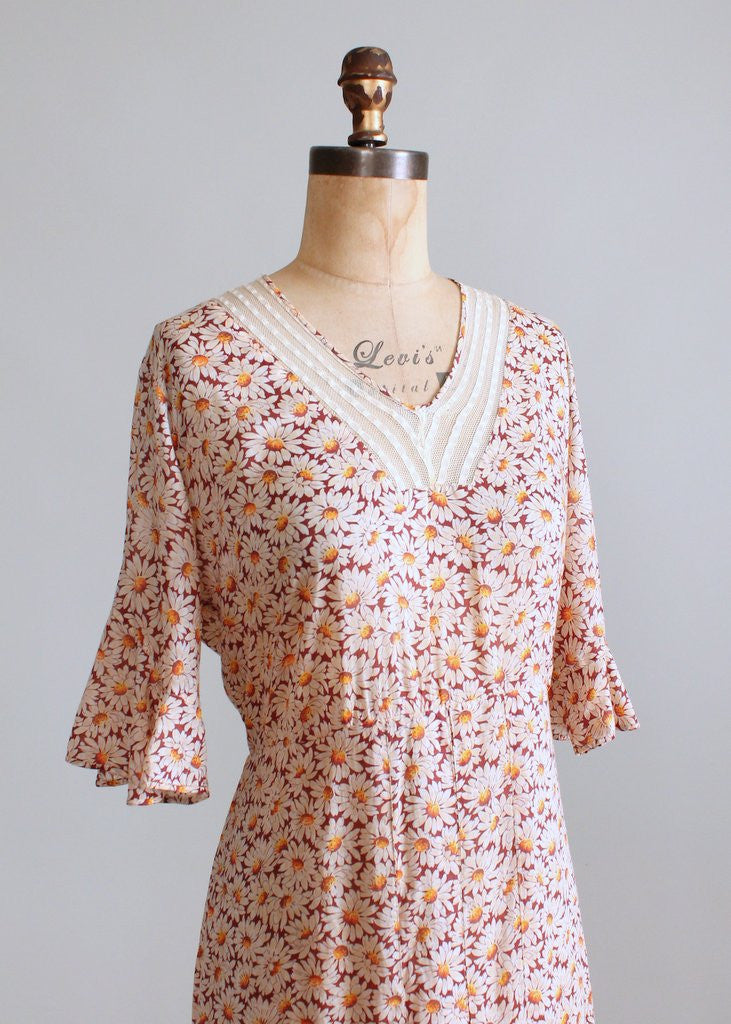Vintage 1930s Daisy Garden Floral Cotton Day Dress
