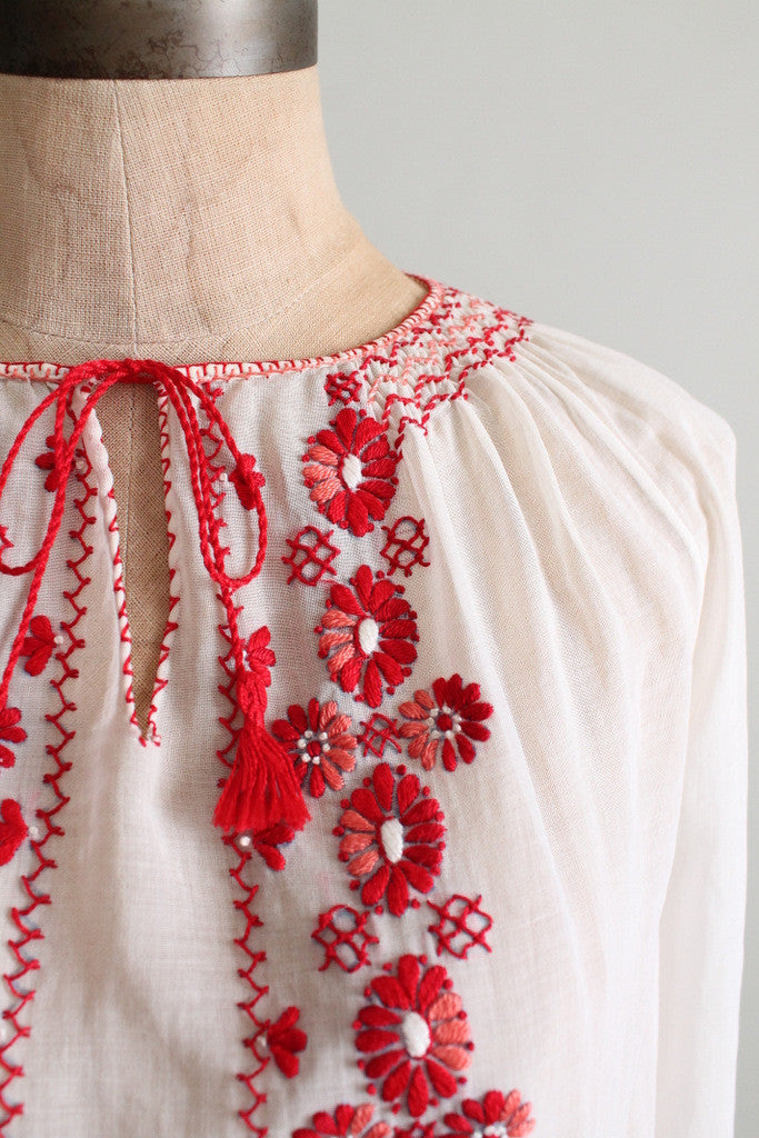 Vintage 1930s Embroidered Cotton Hungarian Folk Blouse