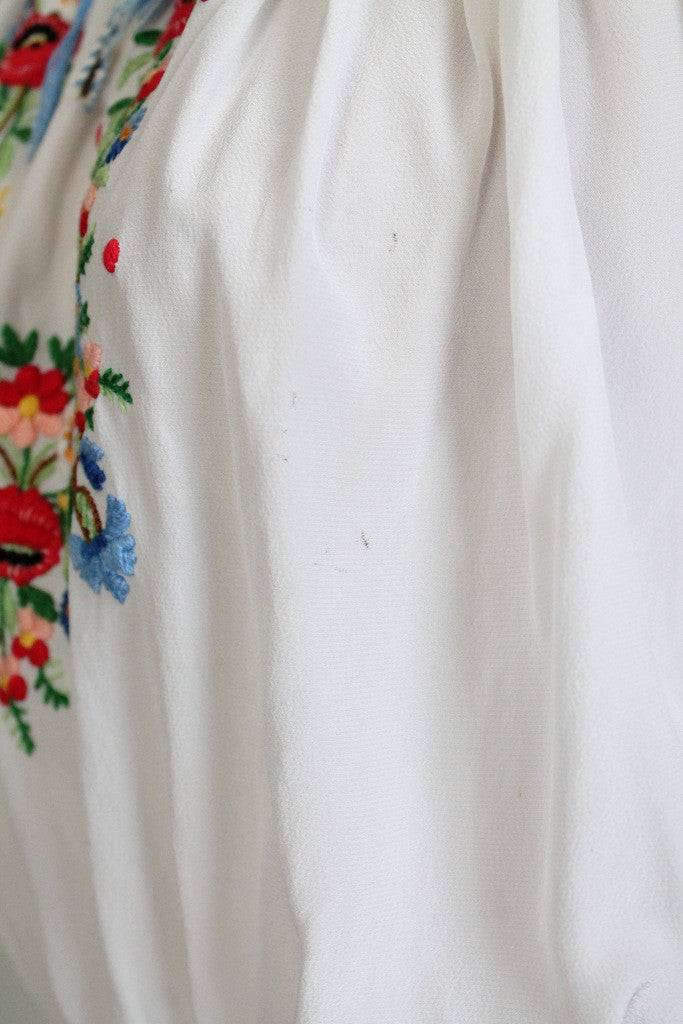 Vintage 1930s Hungarian Embroidered Silk Folk Blouse