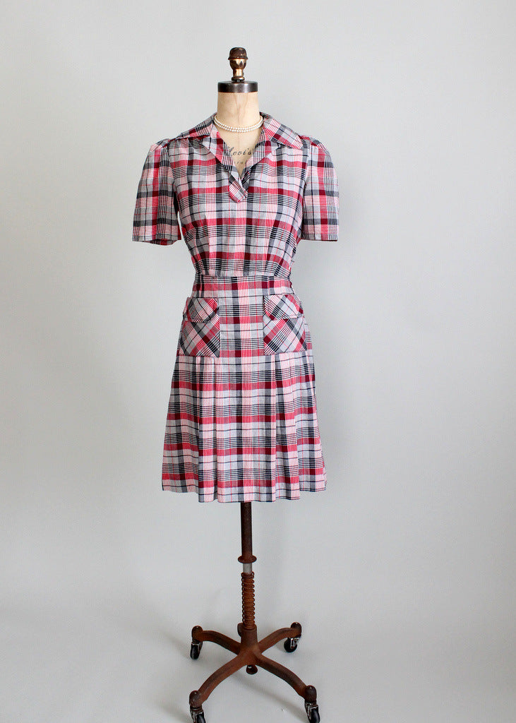 Vintage 1930s cotton day dress