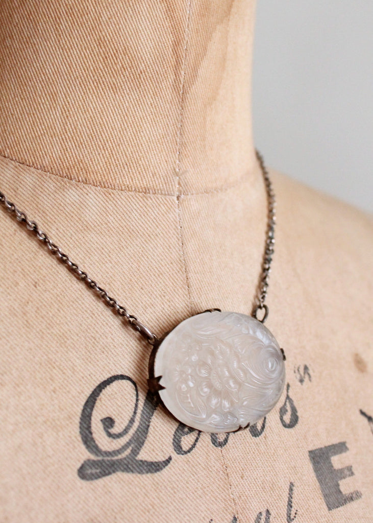 Vintage 1930s Floral Frosted Glass Necklace