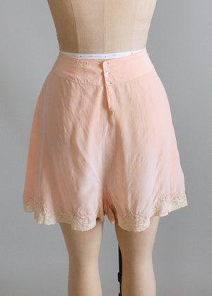 Vintage 1930s Peach Silk and Lace Button Back Tap Pants
