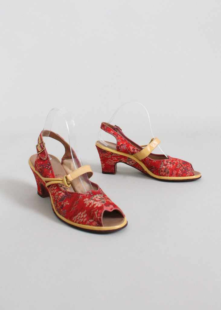 Vintage Early 1950s Asian Print Peep Toe Sandals Size 8