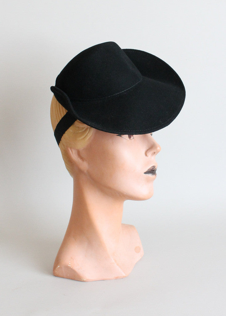 Vintage 1940s Black Tilt Riding Hat
