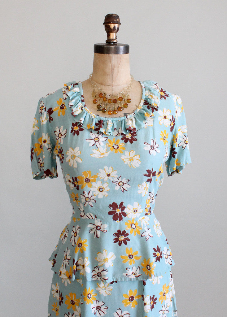Vintage 1940s Daisy Print Skirt and Peplum Top Set