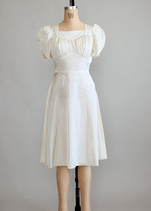 Vintage 1940s Ivory Wartime Wedding Dress