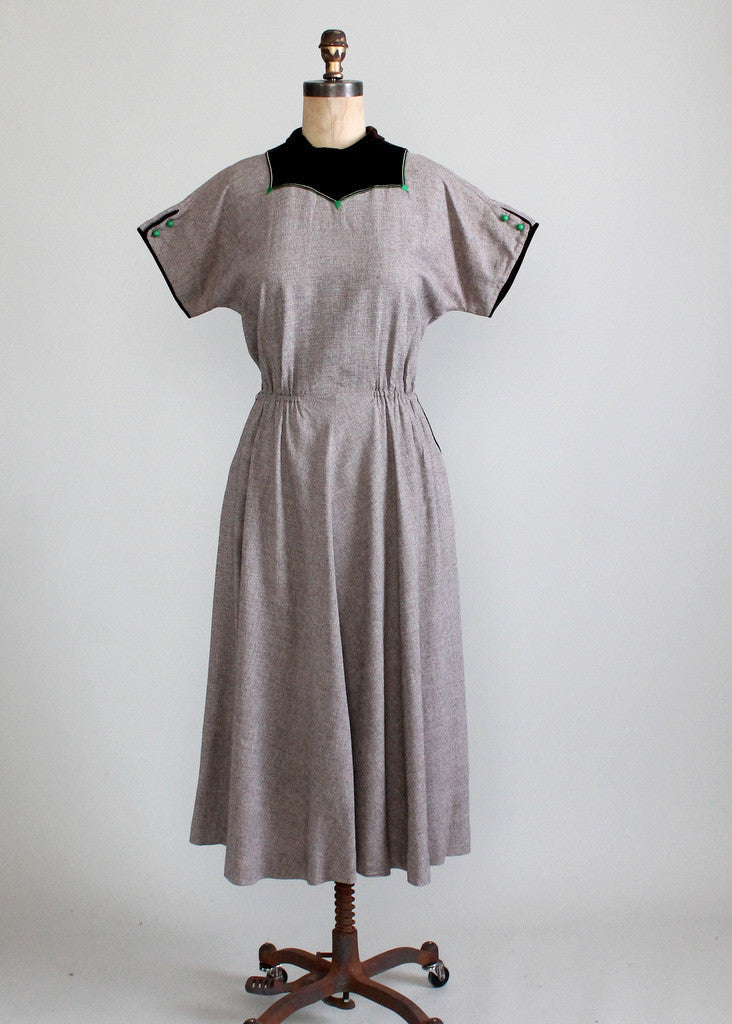 Vintage Late 1940s Fall into Winter Day Dress