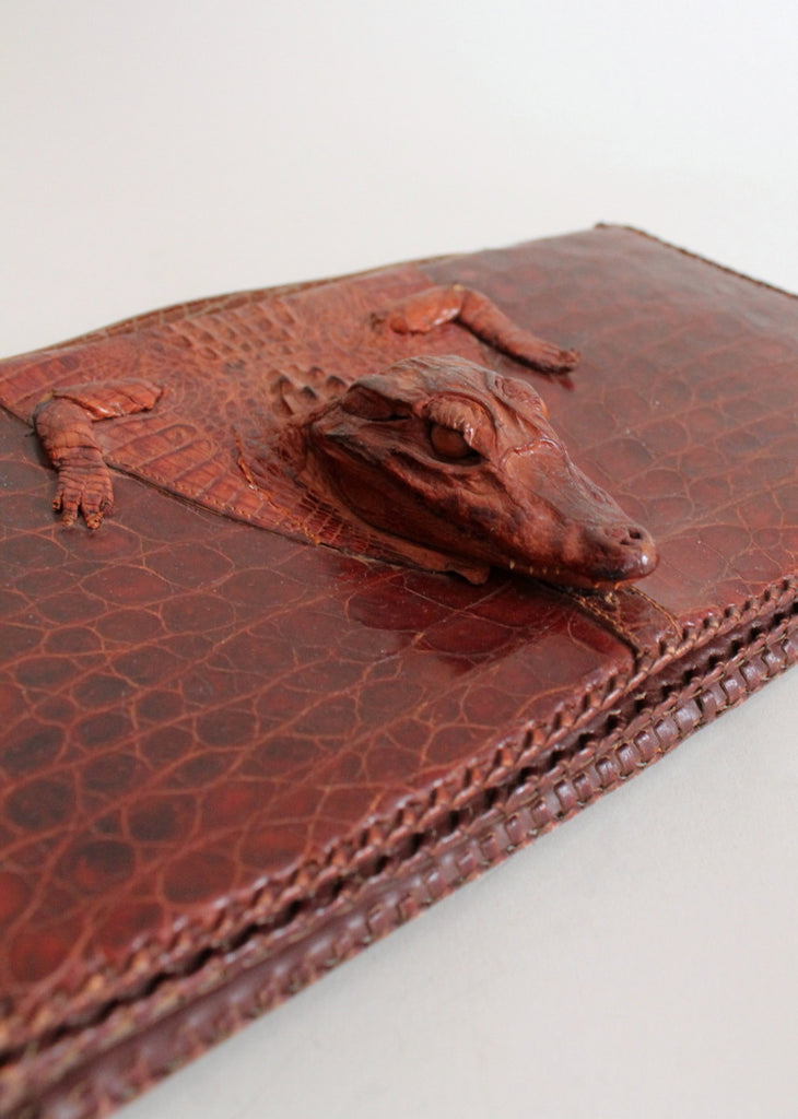 Vintage 1940s Alligator Body Clutch Purse