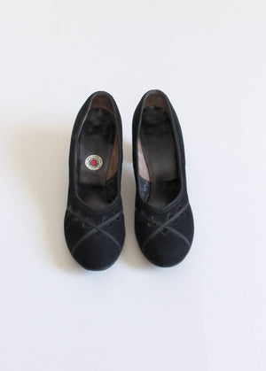 Vintage 1940s Black Suede Cut Out Pumps Size 8